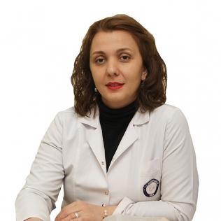 ნინო  კანდელაკი